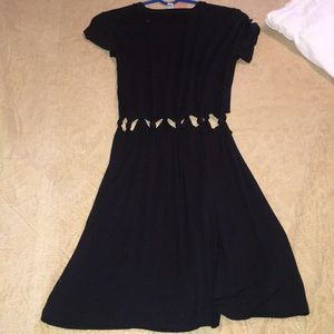 black casual dress with knots